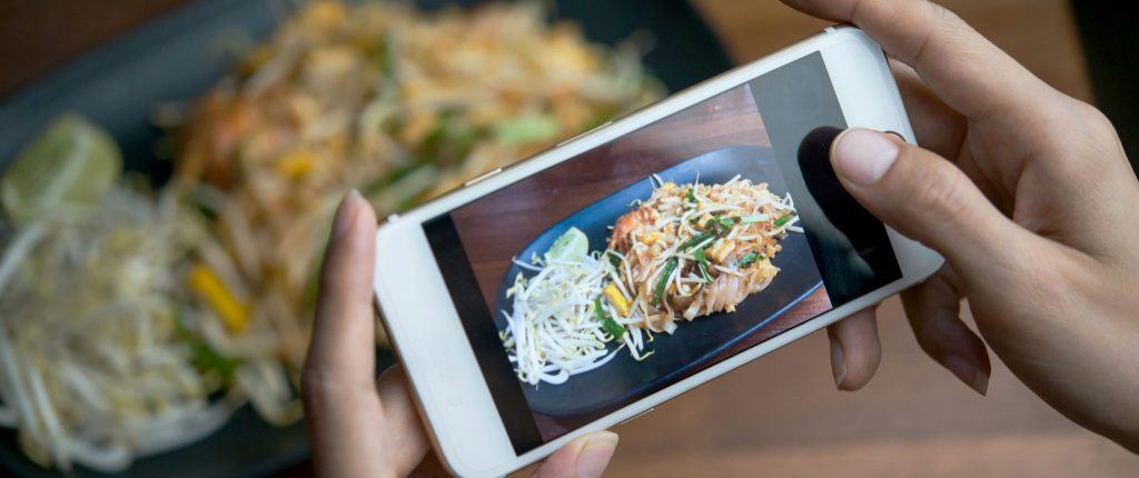 How Your Restaurant Can Make the Most of Social Media
