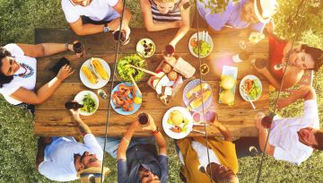 Restaurant Marketing Tips To Make Your Summer Sales Sizzle