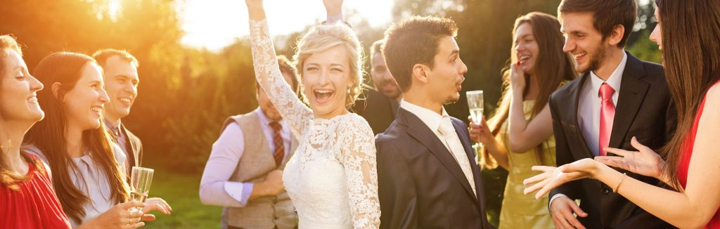 5 Details for a Perfect Wedding Cocktail Hour